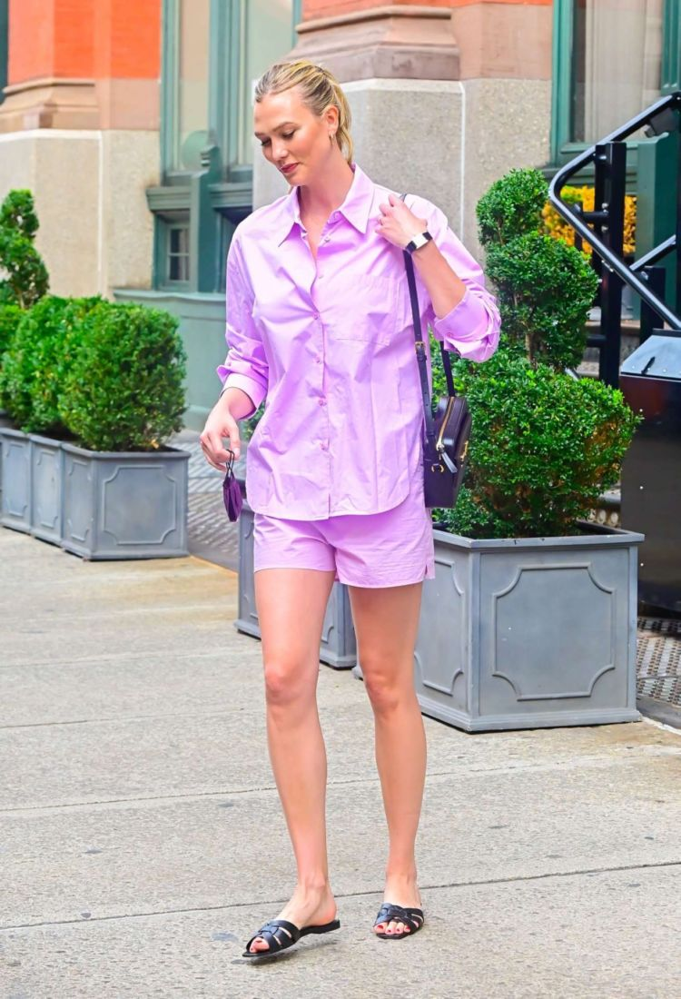 Karlie Kloss Out And About Candids In New York City