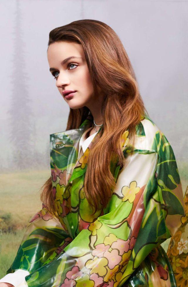 Gorgeous Joey King Shoots For Ladygunn Magazine