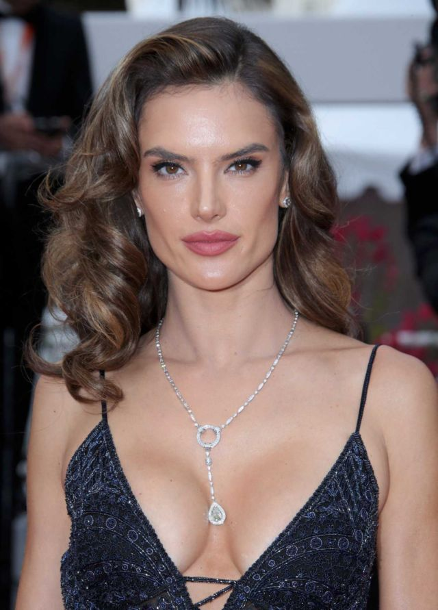 Alessandra Ambrosio Attends The Premiere Of 'Solo: A Star Wars Story'