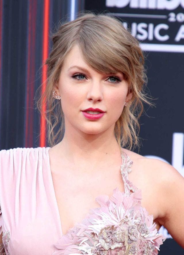 Beautiful Taylor Swift At Billboard Music Awards 2018