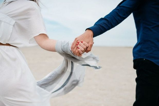 Holding Hands With Your Partner Can Do Wonders For Your Relationship
