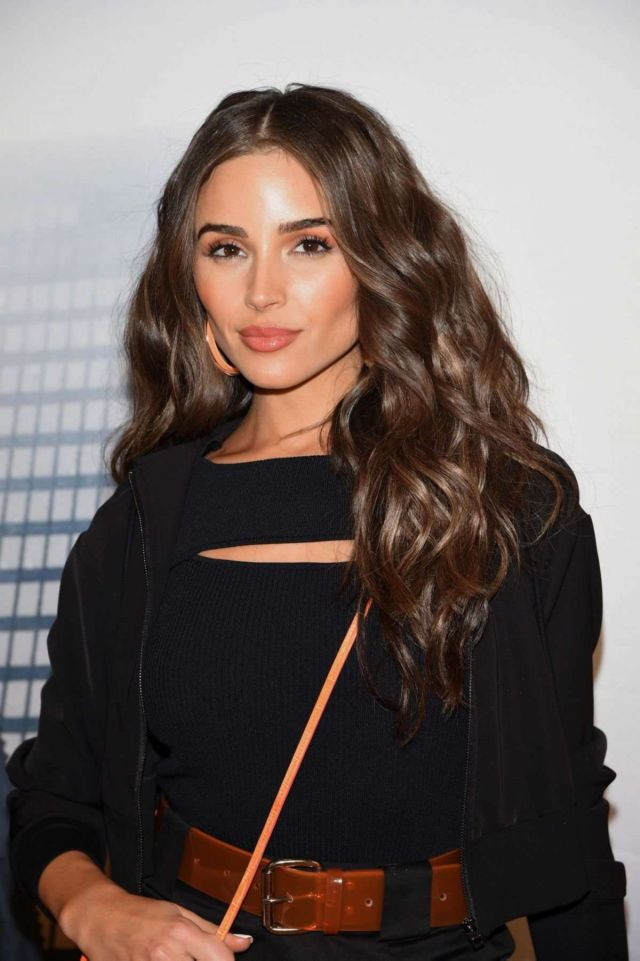 Olivia Culpo Poses At Express x Olivia Culpo Shopping Event