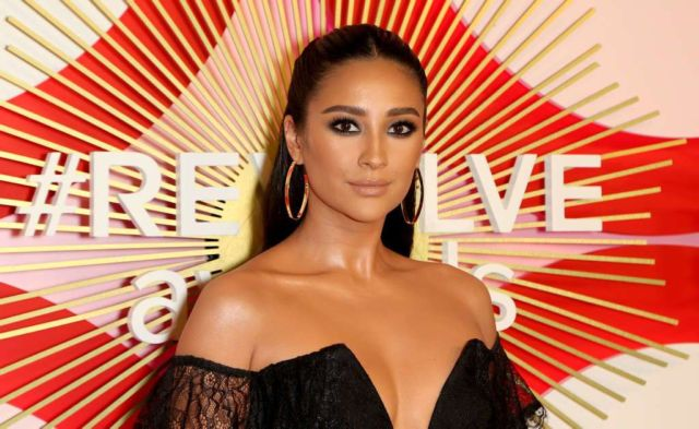 Pretty Shay Mitchell In Black At Revolve's Second Annual Awards