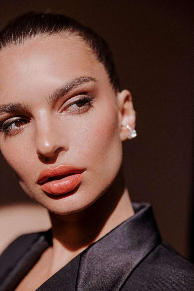 Emily Ratajkowski Pose For 'Into The Gloss' Photoshoot