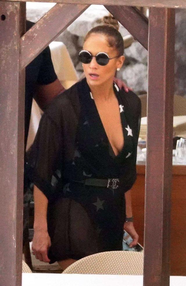 Jennifer Lopez Enjoying Her Vacation On A Yacht