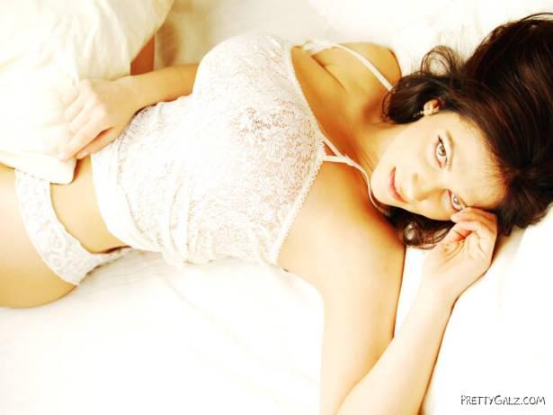 Hot Glamour Model Denise Milani