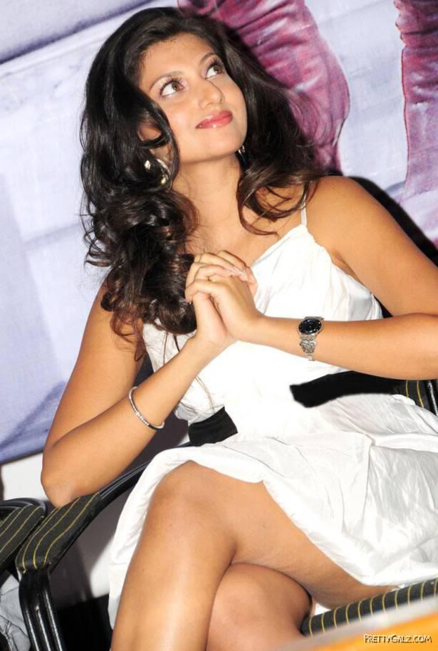 Hamsa Nandhini Thinking About Someone