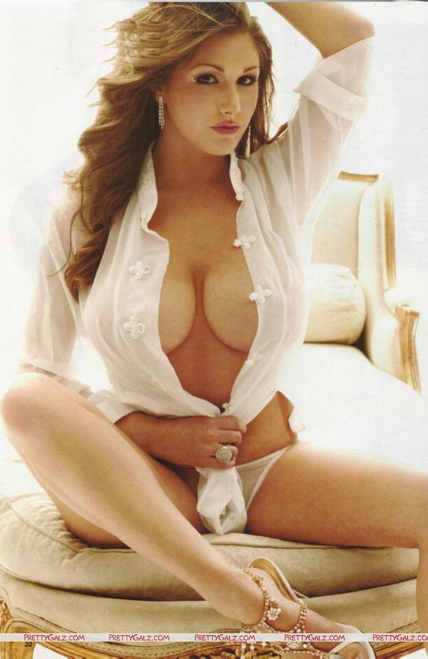 Curvacious Lucy Pinder Scans
