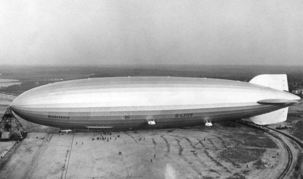 Ths Historic Pictures Of Graf Zeppelin Airship
