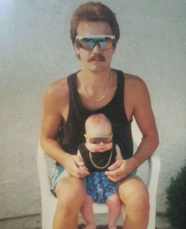 12 Most Awkward Family Photos to Make You Laugh