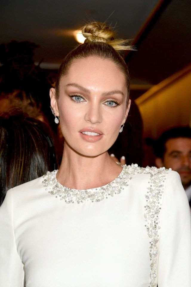 Candice Swanepoel At The Daily Front Row Fashion Media Awards 2019
