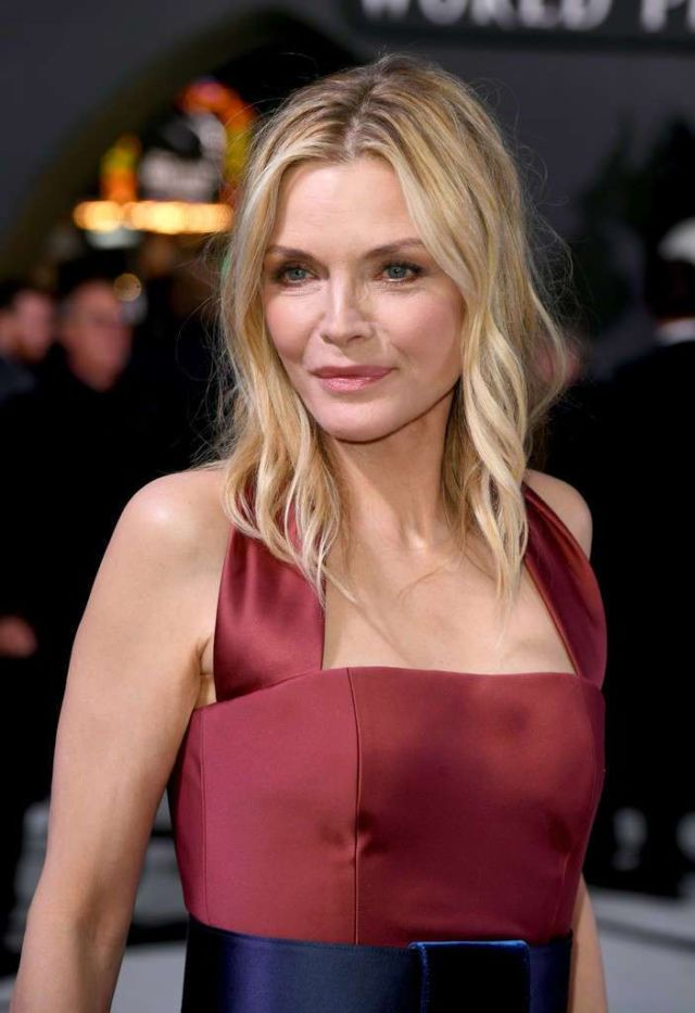 Gorgeous Michelle Pfeiffer At The Premiere Of 'Maleficent: Mistress Of Evil'