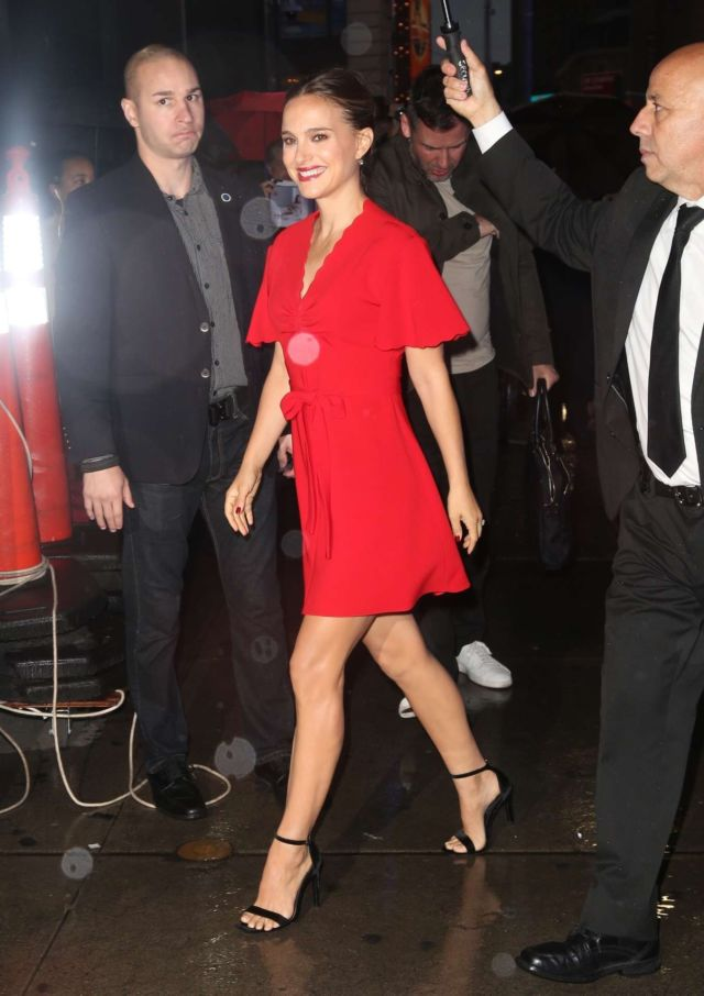Natalie Portman Candids Outside 'Good Morning America'