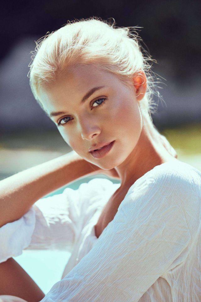 German Model Bella Oelmann Photoshoot