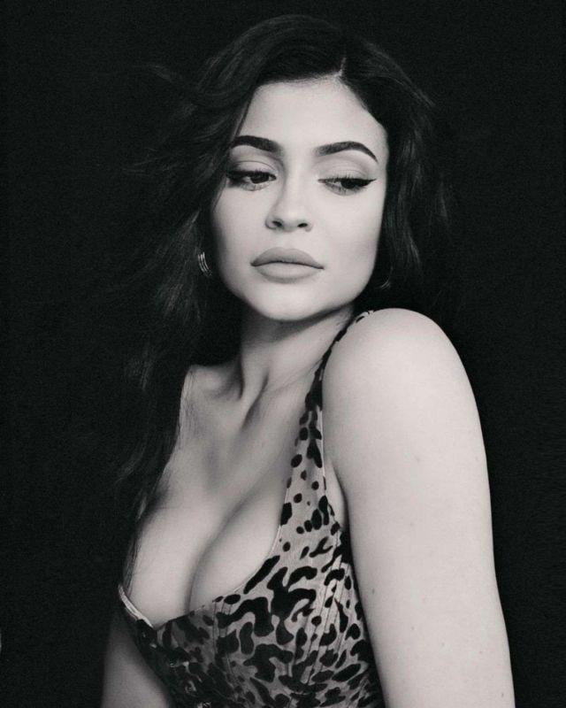 Kylie Jenner's Exclusive Photoshoot By Sasha Samsonova