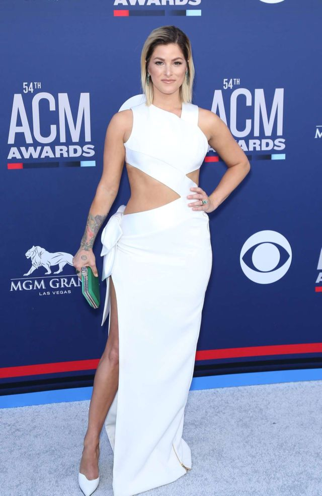 Cassadee Pope At The Country Music Awards In Las Vegas