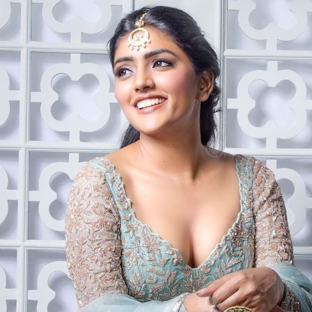 Eesha Rebba Is A Traditional Desi Photoshoot