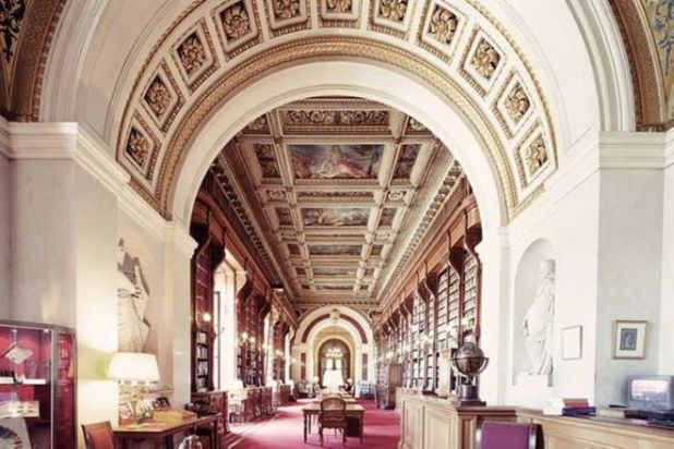 10 Beautiful Libraries From Around The World