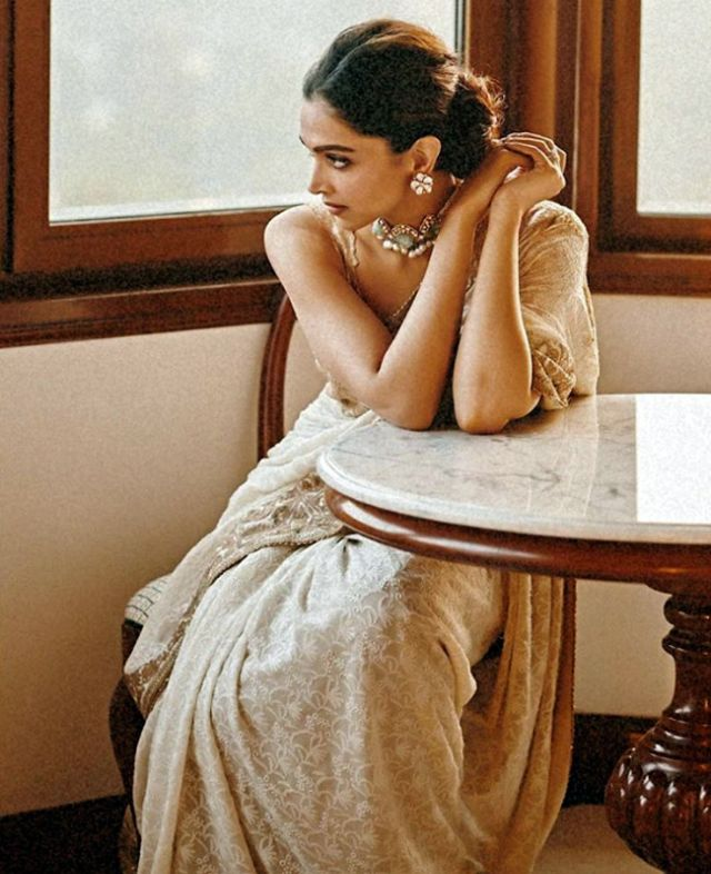 Deepika Padukone Looked Drop Dead Gorgeous In A Saree