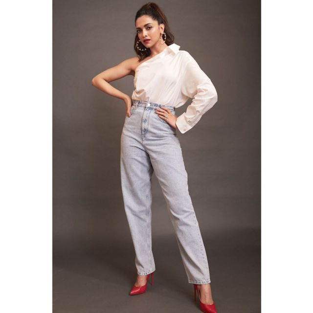 Beautiful Deepika Padukone In White Shirt And Denims