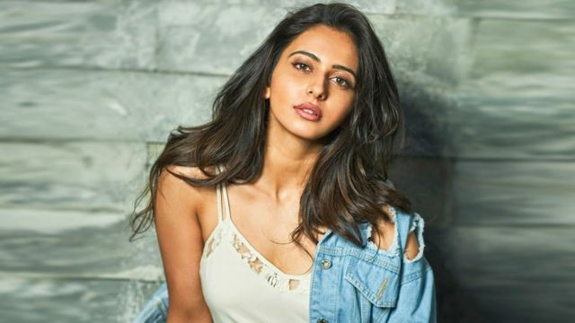 Beautiful Rakul Preet Singh Out For A Night Out