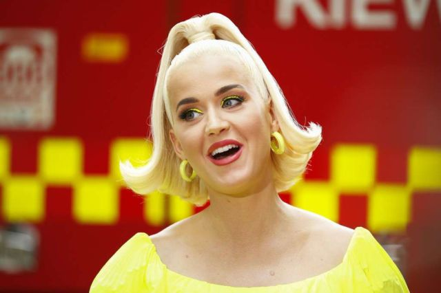 Katy Perry in yellow