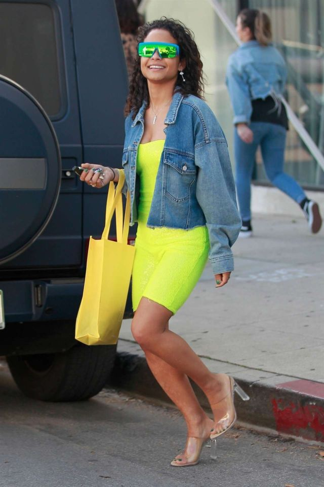 Christina Milian Shopping With Friends In Los Angeles