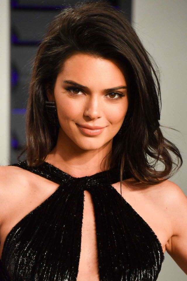 Kendall Jenner Attends The Vanity Fair Oscar Party 2019