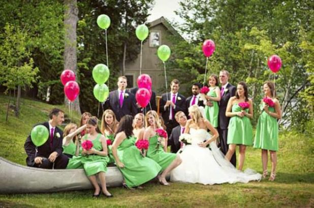 Best Poses To Get A Perfect Photo This Wedding Season