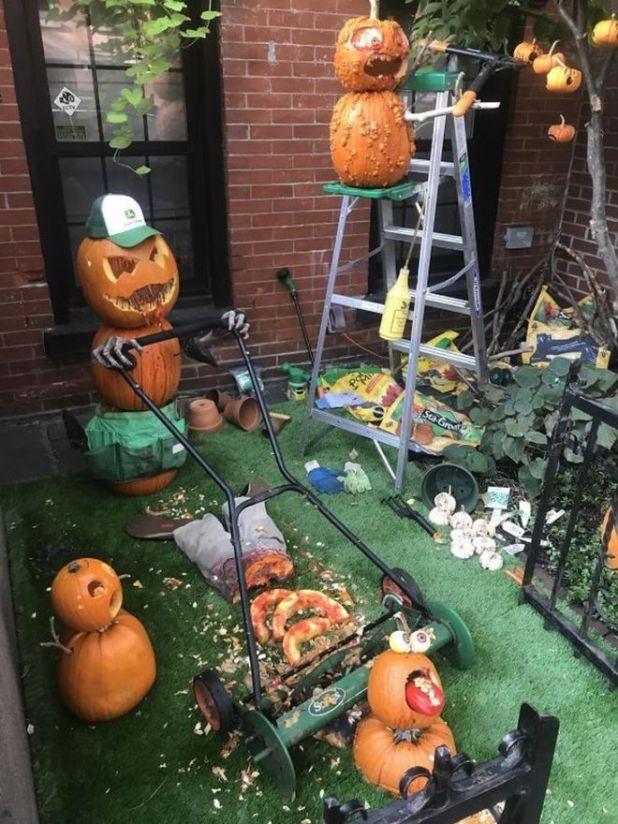 Top 20 Craziest Halloween Houses In The World
