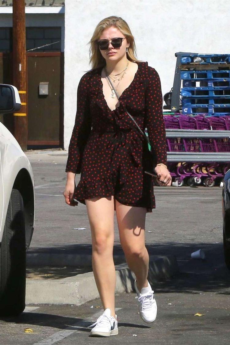 Pretty Chloe Grace Moretz Candids In Los Angeles