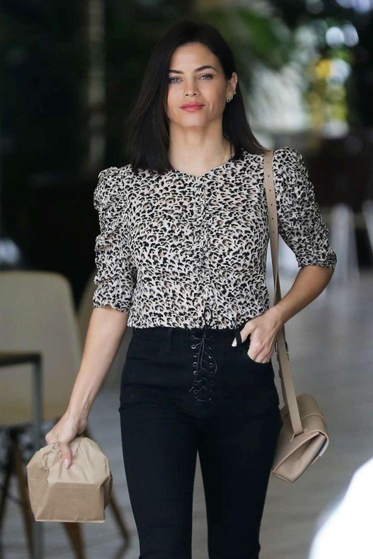 Pretty Jenna Dewan Running Errands In Los Angeles