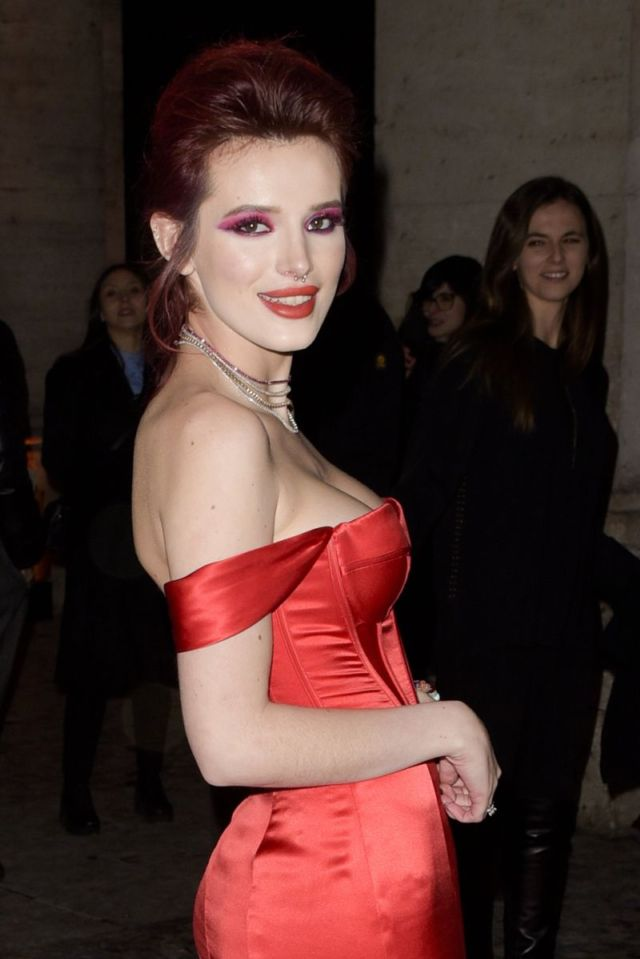 Bella Thorne Arrives At The 'Midnight Sun' Premiere
