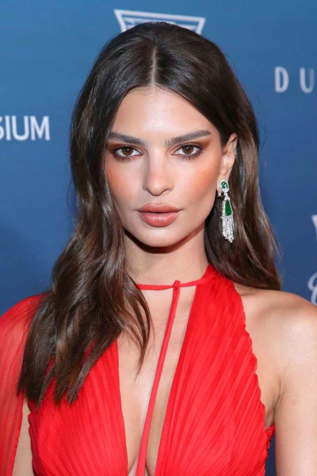 Emily Ratajkowski Attends The Art Of Elysium's 12th Annual Celebration