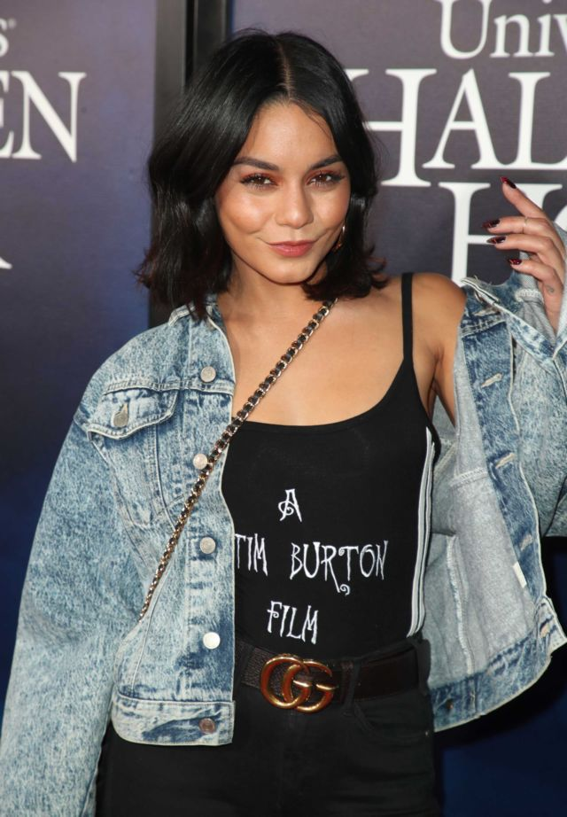 Vanessa Hudgens And Sister Stella At Halloween Horror Nights 2018 At Universal Studios