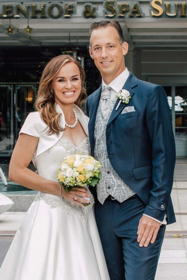 Martina Hingis Tied Knot With Harry Leeman