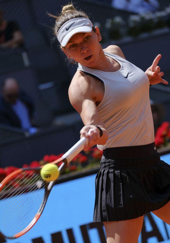 Simona Halep Plays Tennis At The Mutua Madrid Open