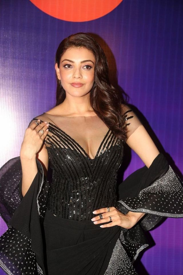 Beautiful Kajal Aggarwal Attends Zee Apsara Awards 2018