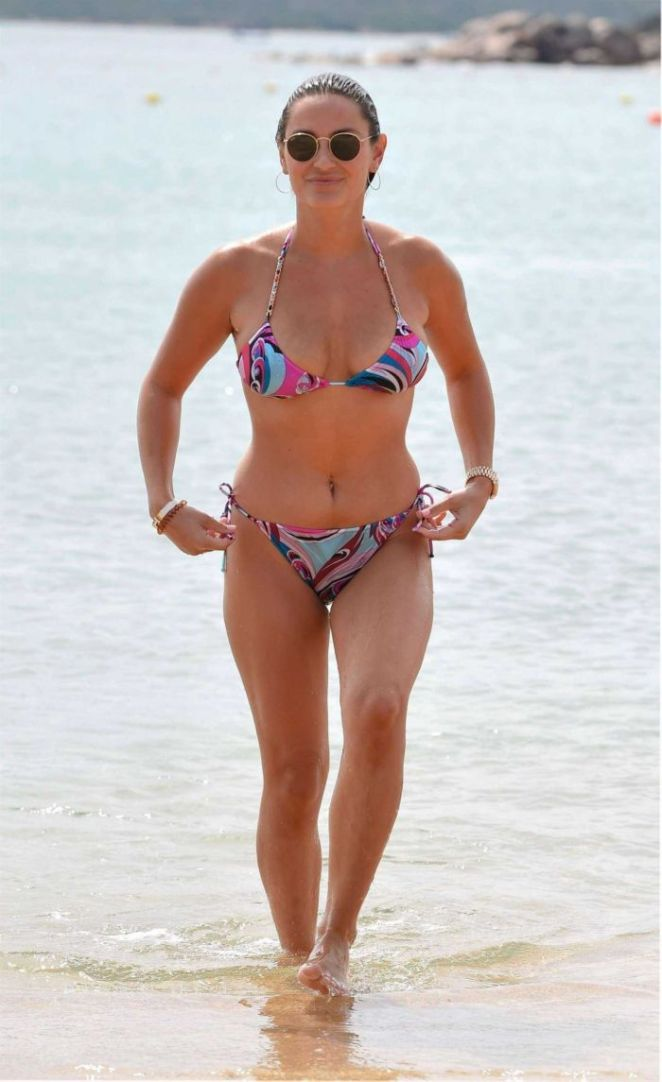 Sam Faiers Enjoys The Waves In Bikini At Sardinia Beach