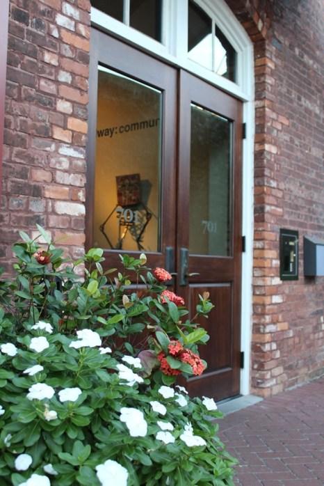Ex-flowers-door