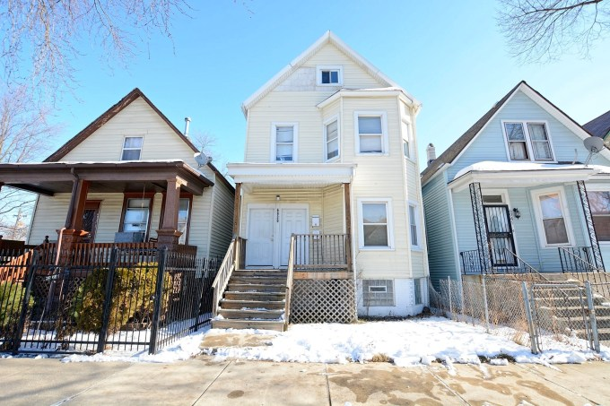 For Sale 6939 S Bishop Street Chicago Il 60636 5 Beds 2 Full Baths 120 000