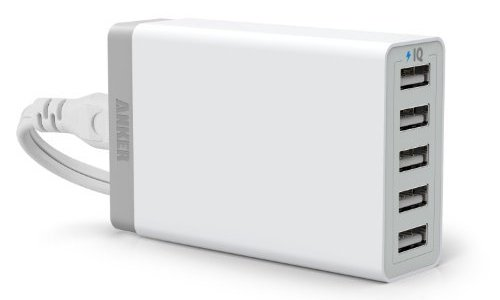 [JustPurchased]Anker 40W 5ポート USB急速充電器