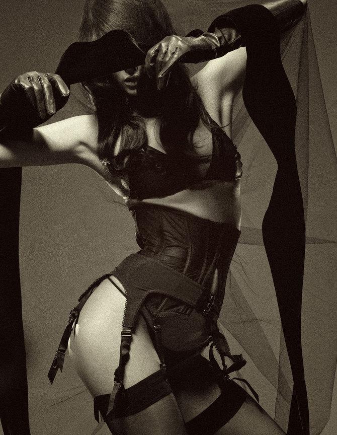 "f-l-e-u-r-d-e-l-y-s: "" Jessiann Gravel by Pierre Dal Corso for Schon! Magazine """