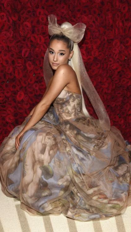 Ariana Grande Met Gala 2018 Tumblr