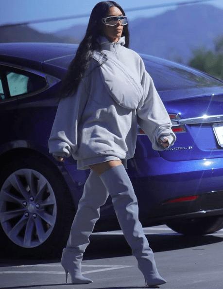 1a9d2c1efd7e1 YEEZY Season 8 – Kim Kardashian