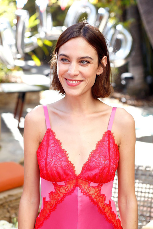 chungit-up:Alexa Chung hosted a Villoid Garden Tea Party at The Hollywood Roosevelt in Los Angeles | April 21, 2016
