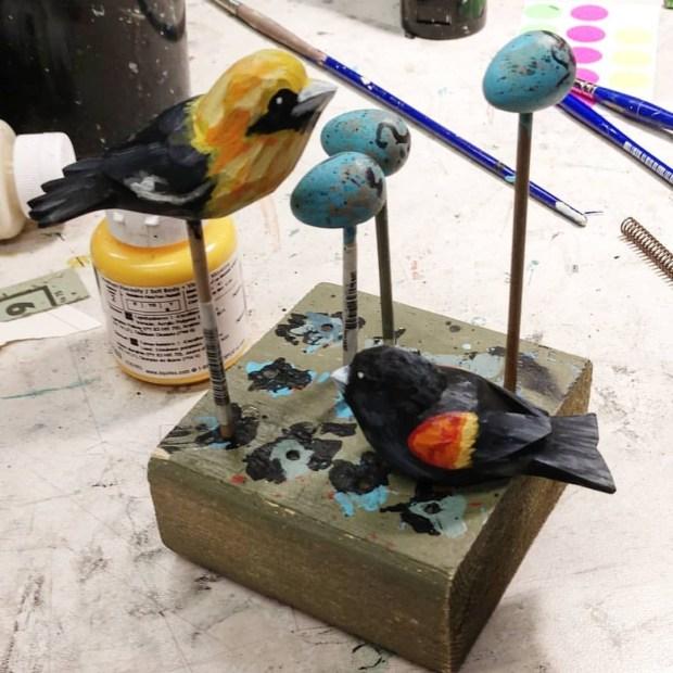 Tiny birds-tiny eggs