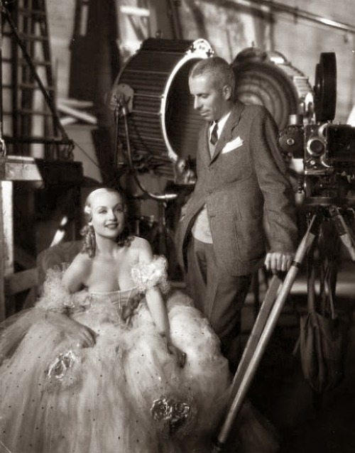 Howard Hawks filming Twentieth Century (1934) with Carole Lombard