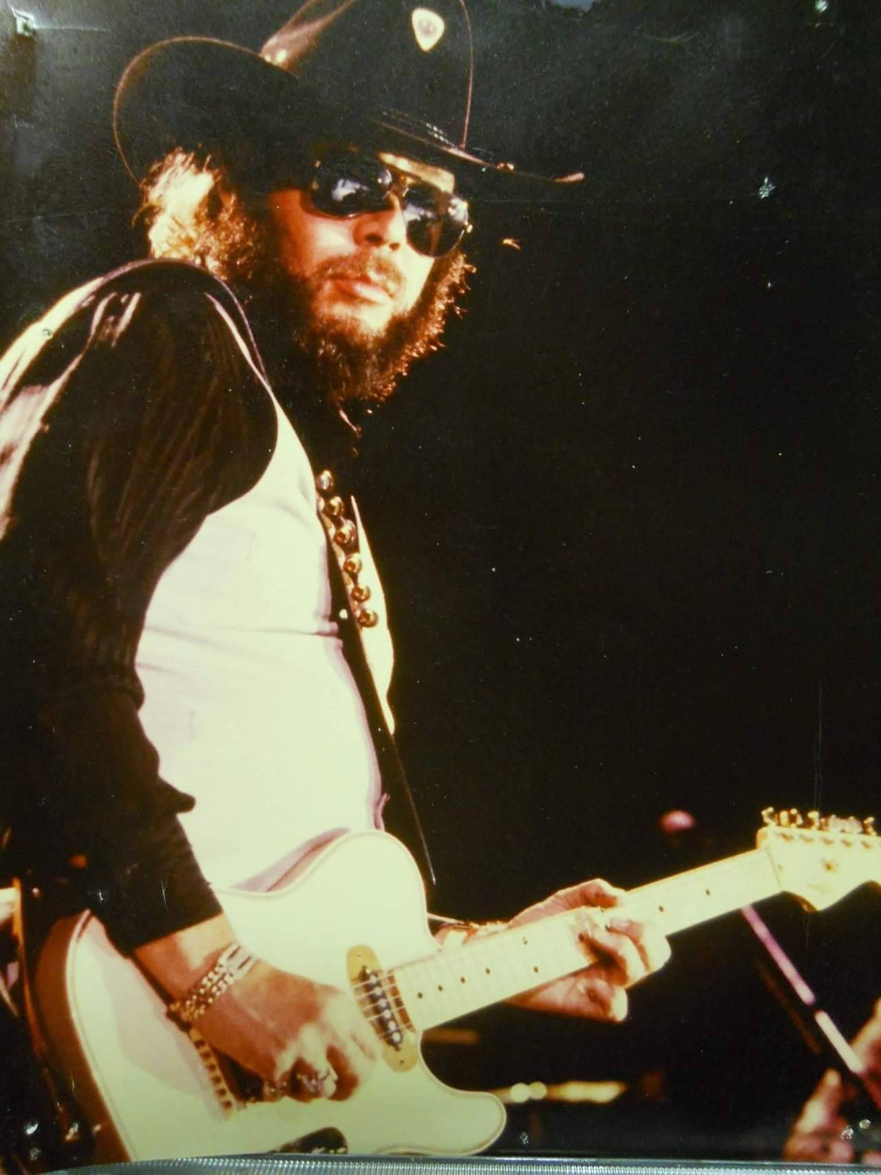 Hank Jr at the Coliseum in mid 1980s. – Country 5a5dd0396