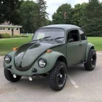 Two-tone 1974 Volkswagen Baja Bug